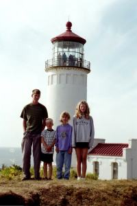 Almberg kids at an Oregon lighthouse, Summer 2002