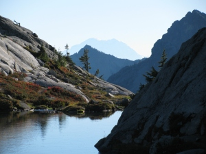 Lower Robbing Lake, Cathedral Rock and Mount Rainier, September 2010